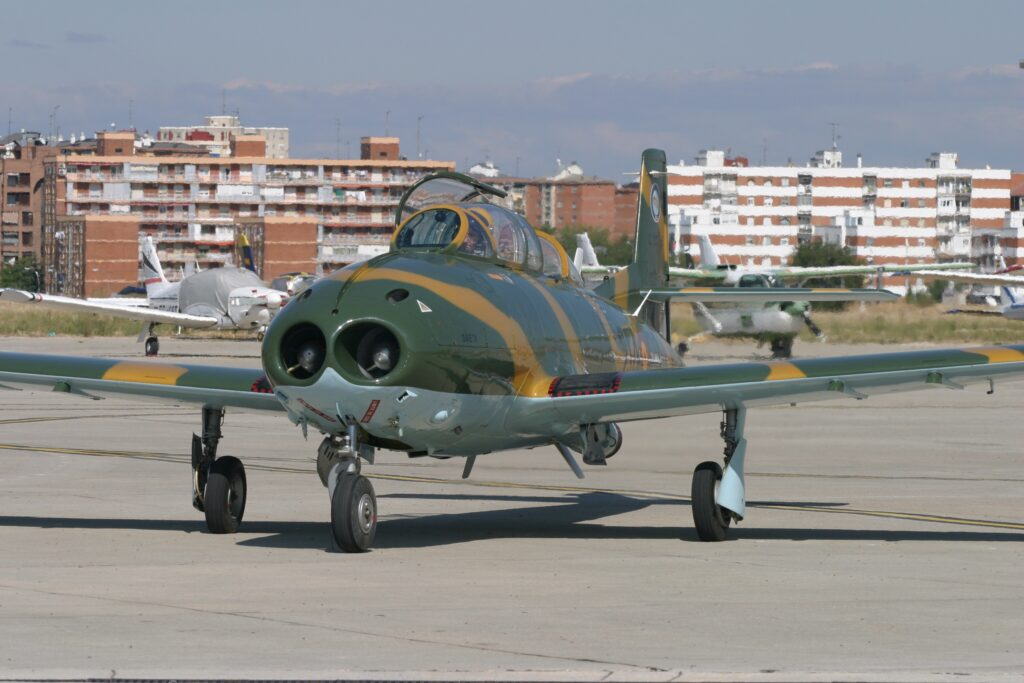 HA -220 Super Saeta
